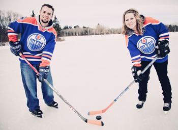 Edmonton Oilers Bride and Groom