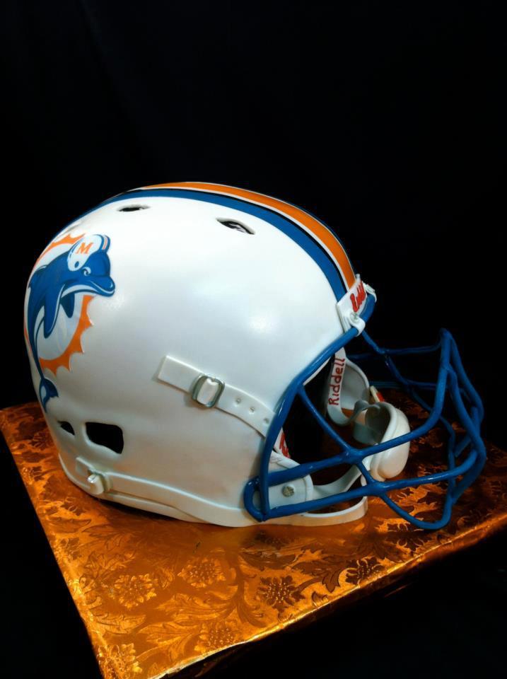 Miami Dolphins Football Helmet Wedding Cake FAIL