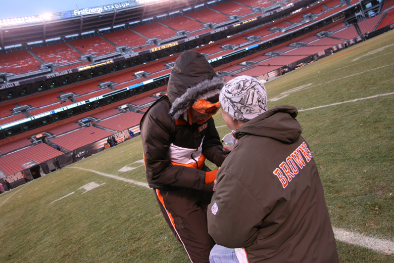 Proposal at Cleveland Browns Stadium