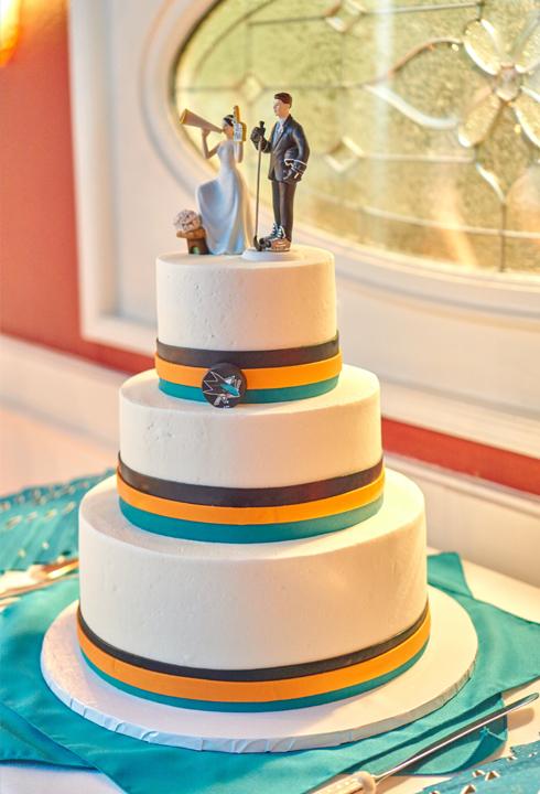 Patrick and Katlyn\'s San Jose Sharks Themed NHL Hockey wedding ...