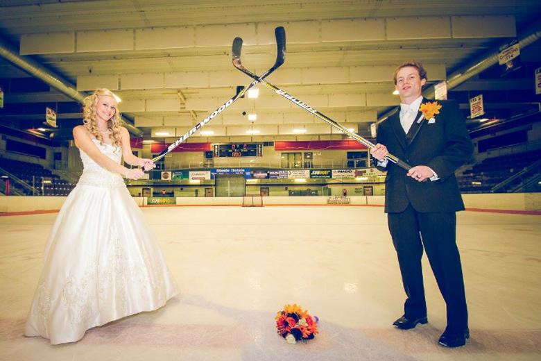 Hockey wedding bride / groom faceoff
